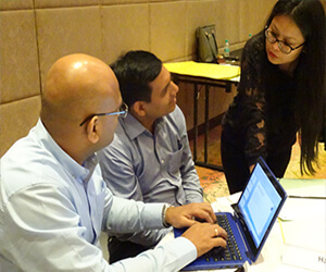 discussing client requirement in hr-one office